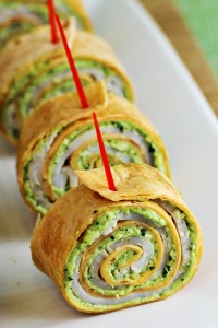 Pesto-Tortilla-Pinwheels-Recipe-2