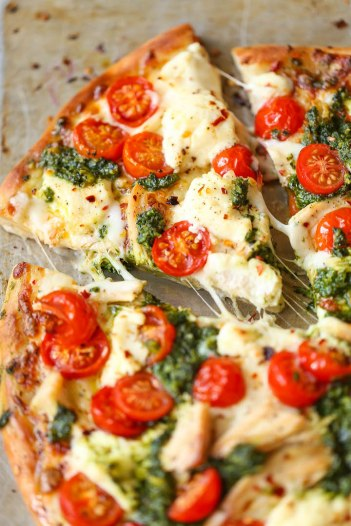 Chicken-Pesto-Pizza